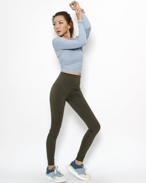 blue ruched sides sports cropped top *pre-order*