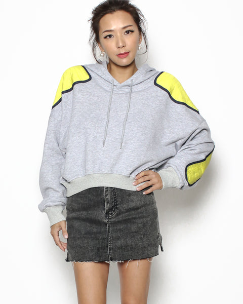 grey hoodie & yellow cropped sweatshirt