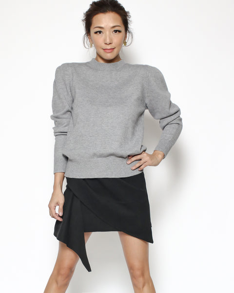 grey pleats sleeves knitted top