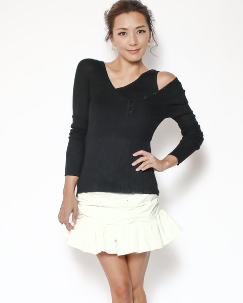 black strappy button details knitted top *pre-order*