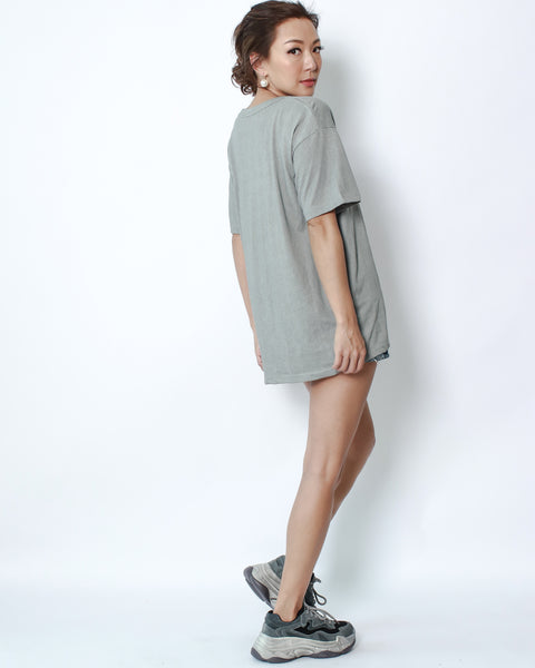 grey basic V neck tee
