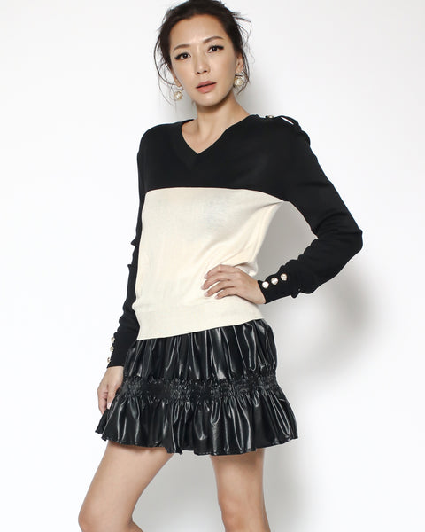 black & beige fine knitted top