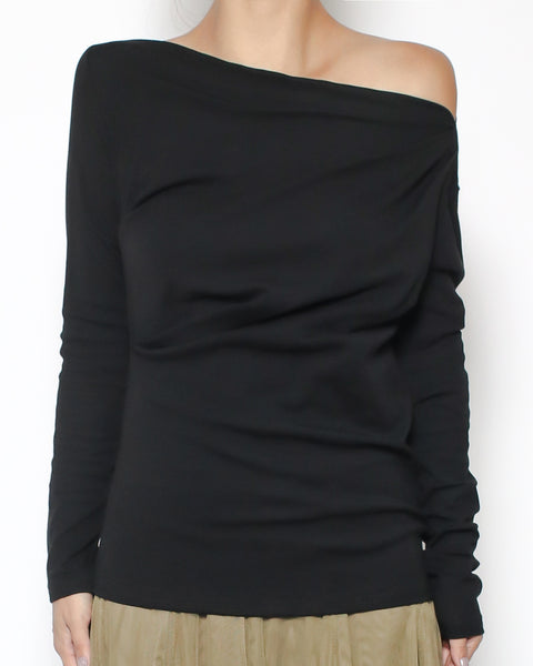 black off shoulder basic top *pre-order*