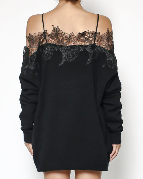 black knitted & lace off shoulders top *pre-order*