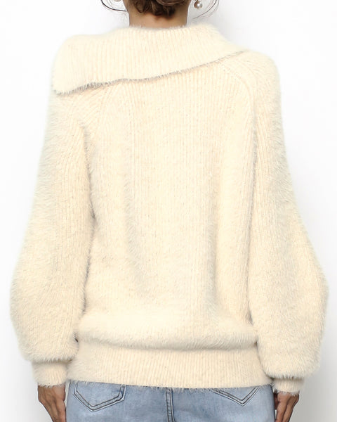 ivory fluffy collar knitted top *pre-order*