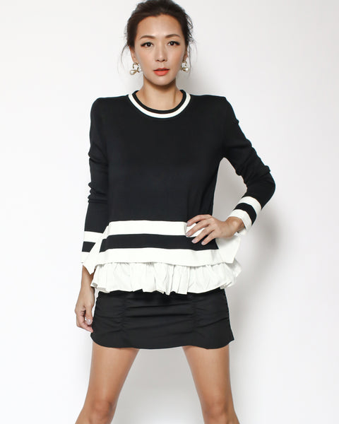 black & ivory knitted shirt ruffles hem top *pre-order*
