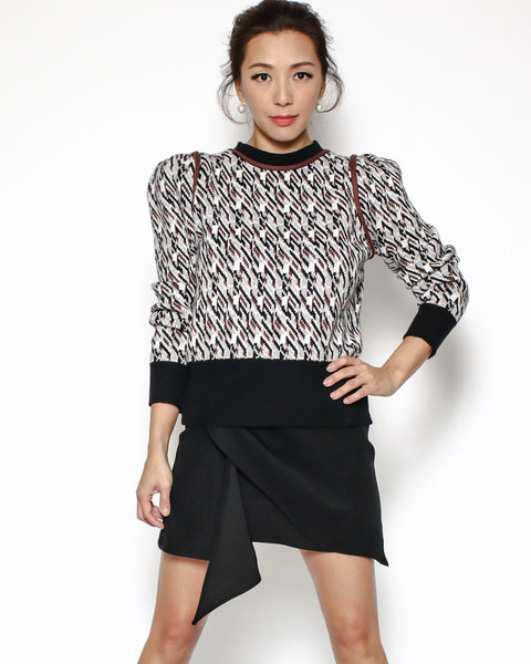 brown patterned knitted top