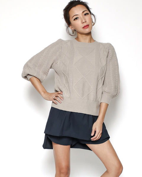 beige cable knitted top *pre-order*
