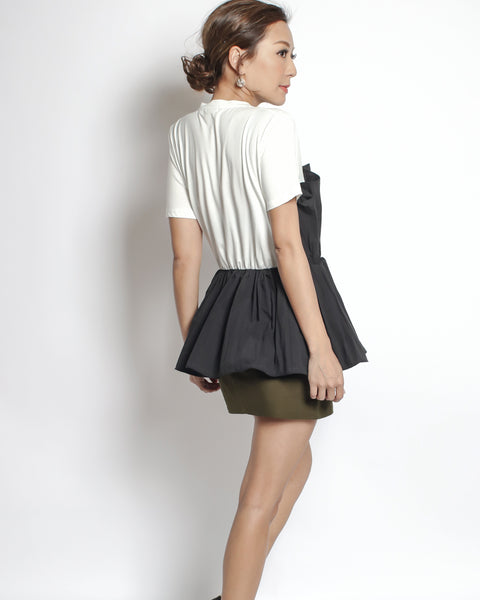 ivory tee with black ruched shirt contrast