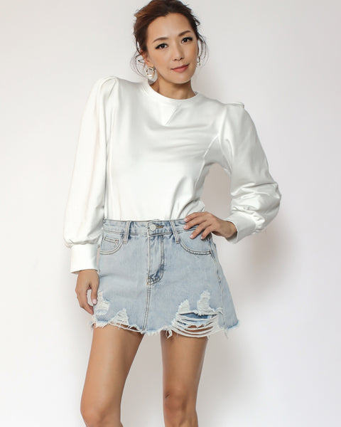 ivory pleats sleeves sweatshirt