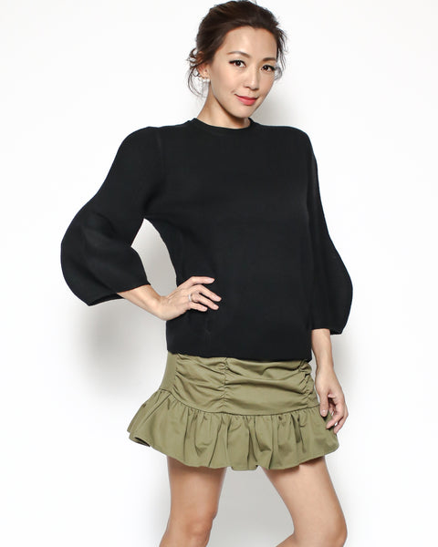 black knitted basic top