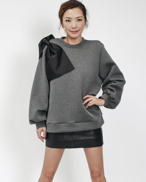 grey neoprene sweatshirt with black bow side