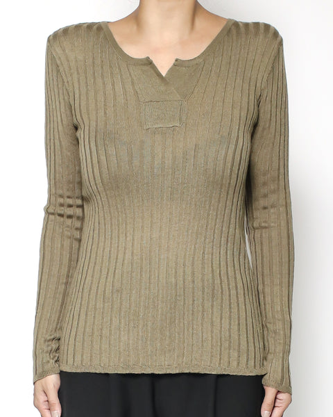 olive green soft knitted V front basic top