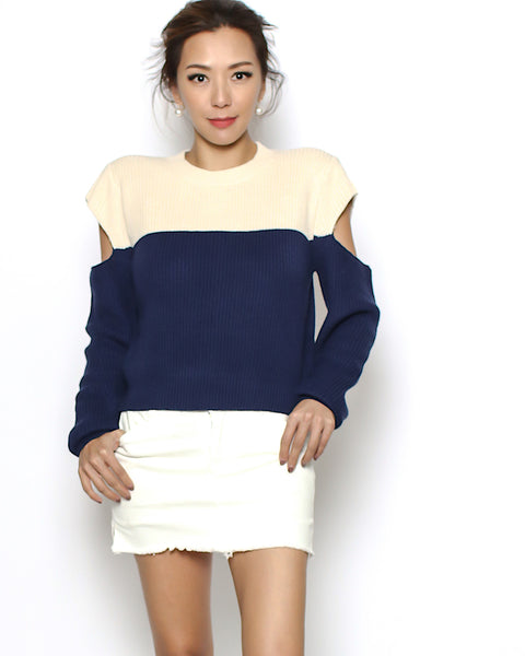 beige & navy cutout sleeves knitted top *pre-order*