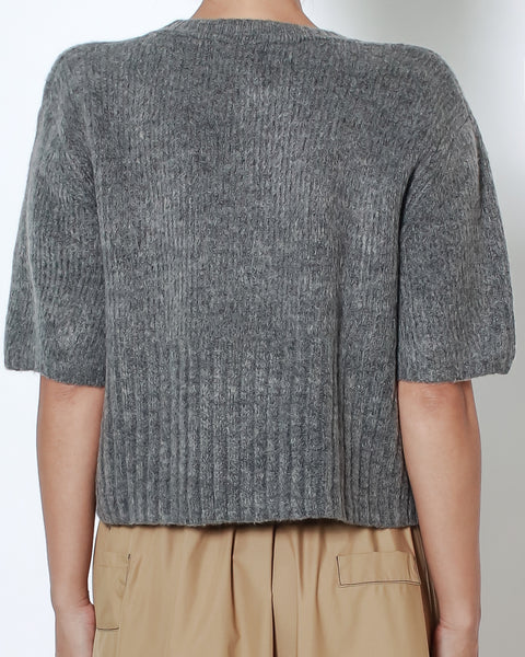 grey cropped knitted top