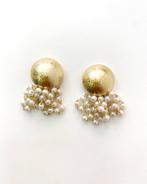 round gold & drop pearls earrings
