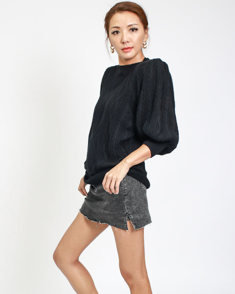black cable knitted top with shoulder pads