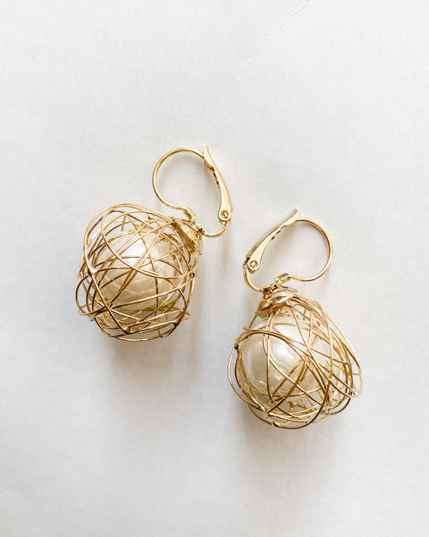 gold wrap pearls earrings *pre-order*