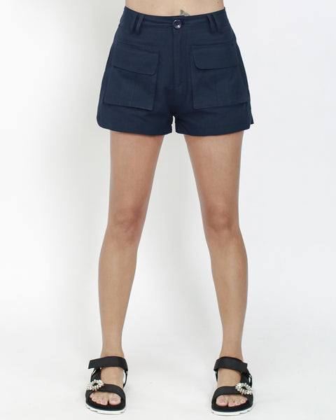 navy pockets front shorts *pre-order*