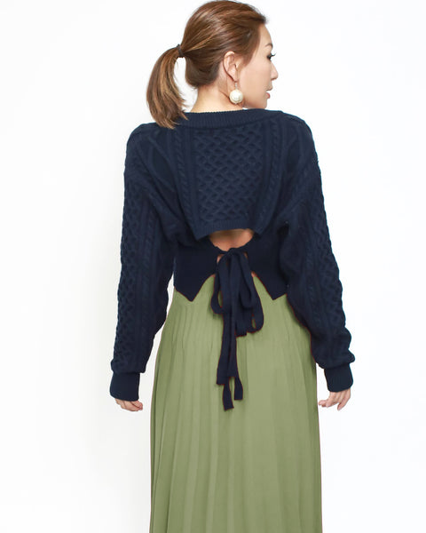 navy cable knitted cropped top *pre-order*