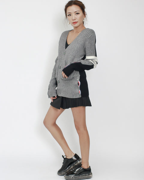 grey with black contrast back stripes sleeve cardigan *pre-order*