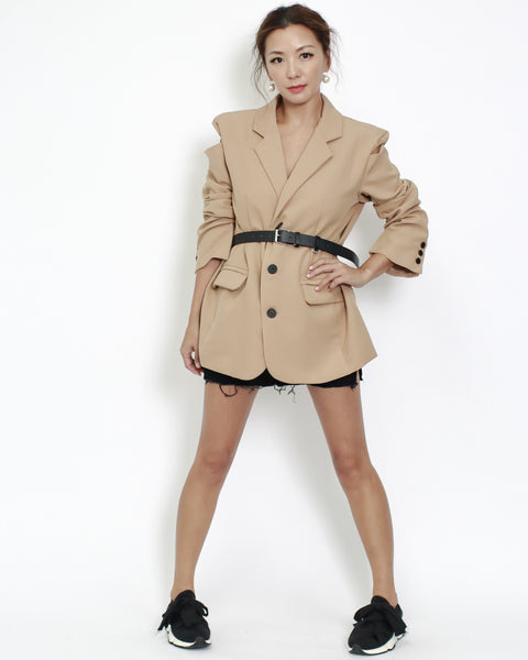 camel cutout shoulders blazer with belt