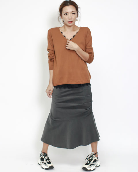 camel basic V neck long sleeves knitted top