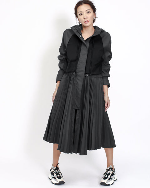 black sweat & pleats hem longline jacket *pre-order*