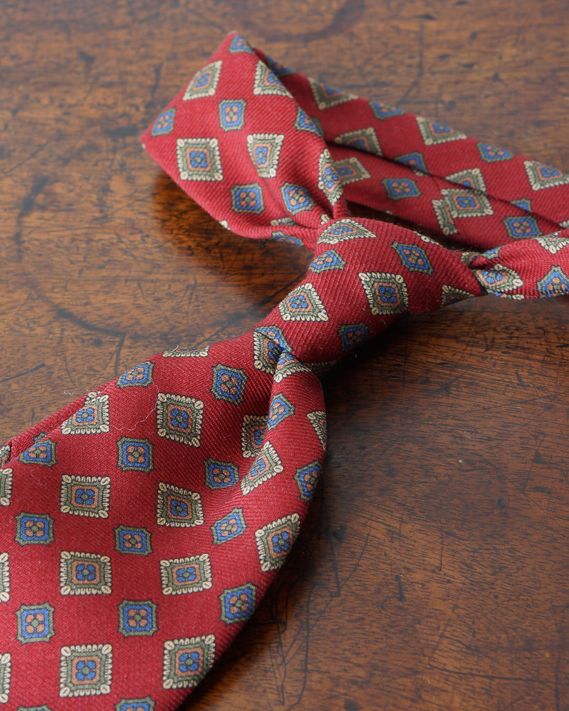 Red large diamond wool challis tie