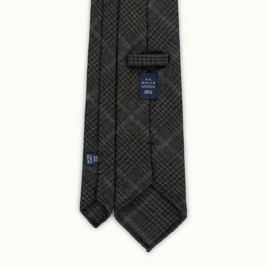 Olive Prince of Wales Fox Flannel tie