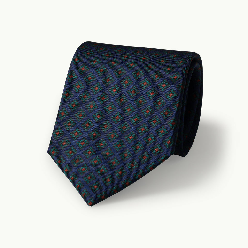 Navy small diamond madder tie