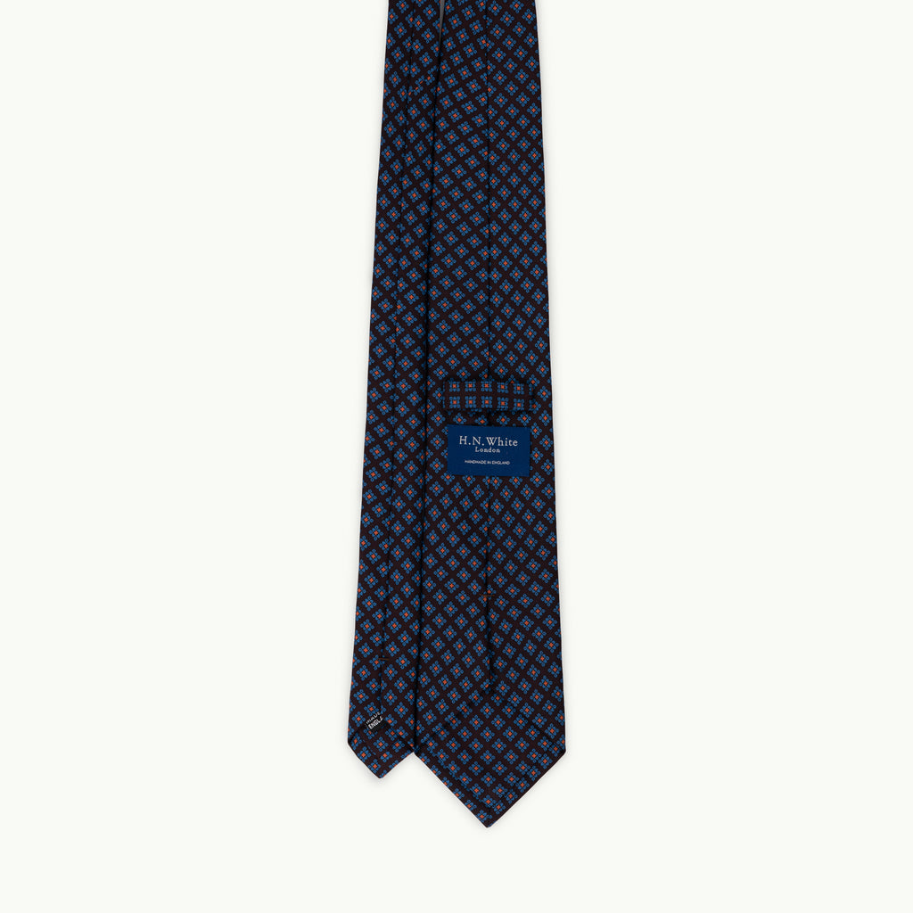 Brown small diamond madder tie