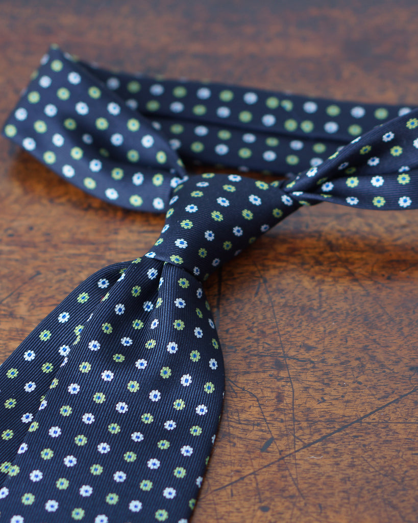 Navy blue & lime green floral print tie