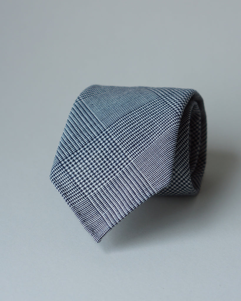 Grey & navy Prince of Wales Fox Air wool tie