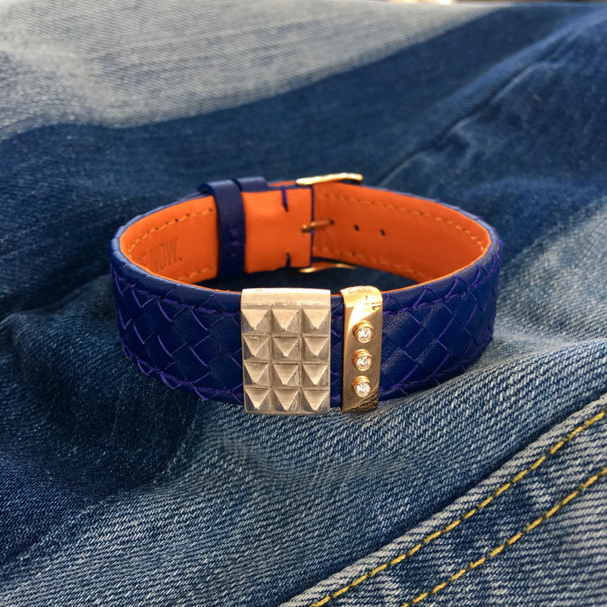 Embracelet woven Midnight blue with 18k gold buckle