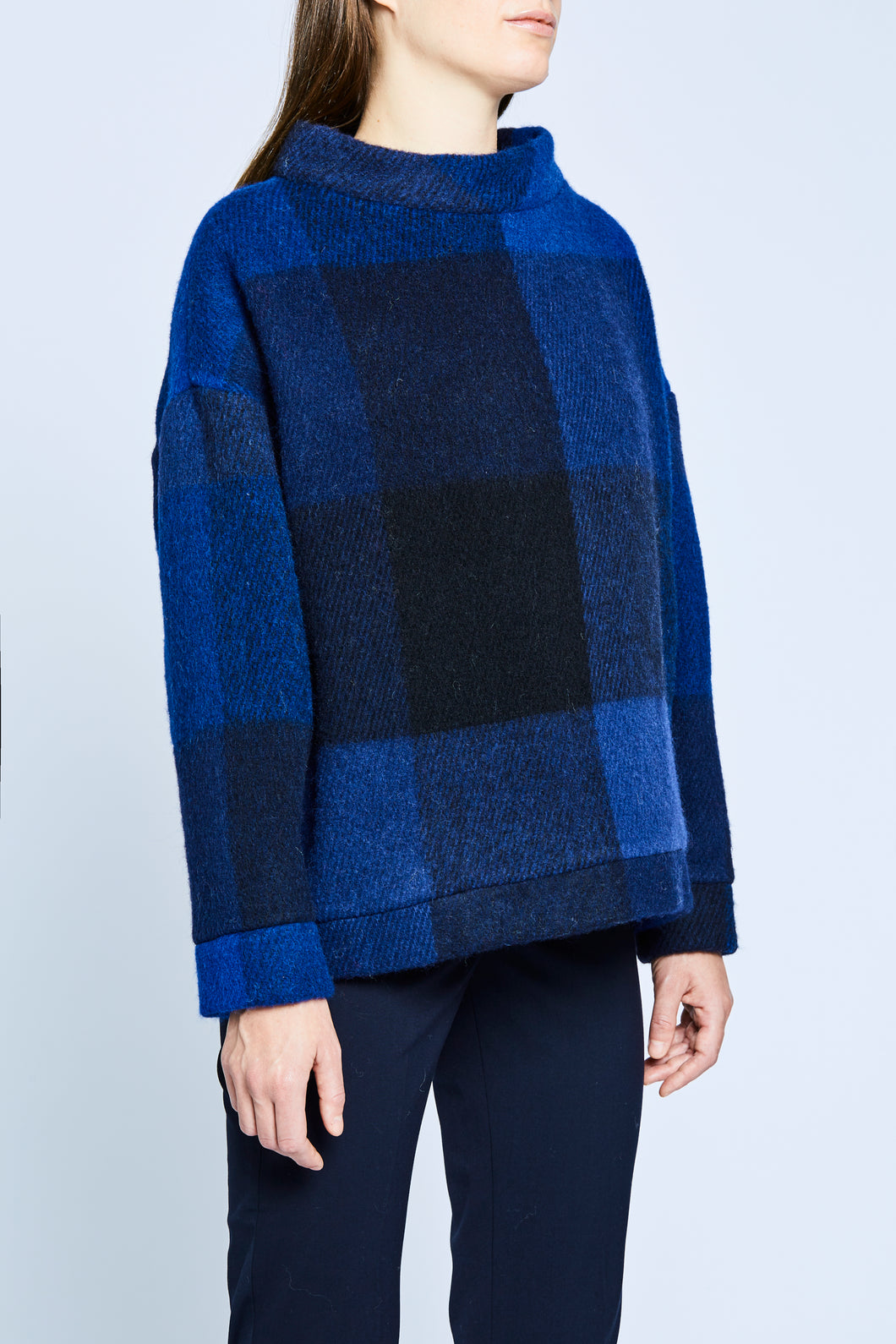 ÅSLY Sweater Checker