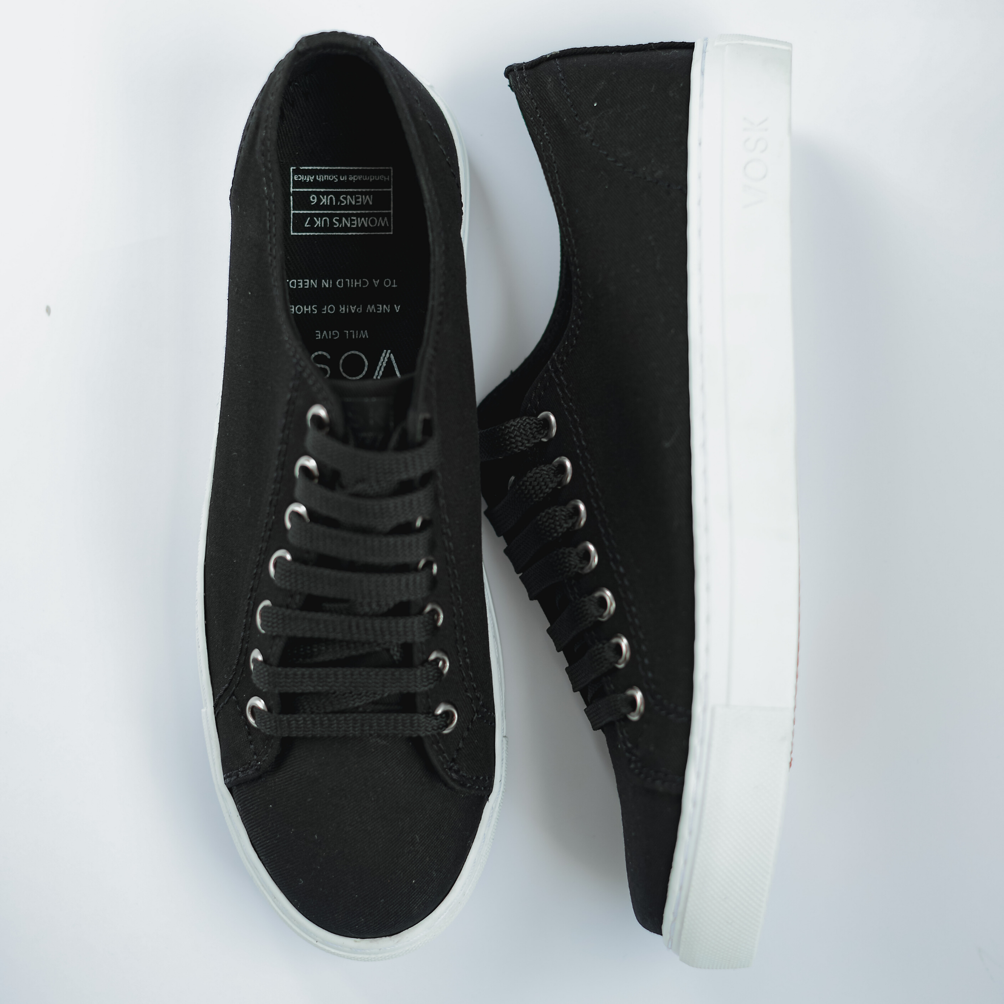 Men's Authentic Low Top - Black