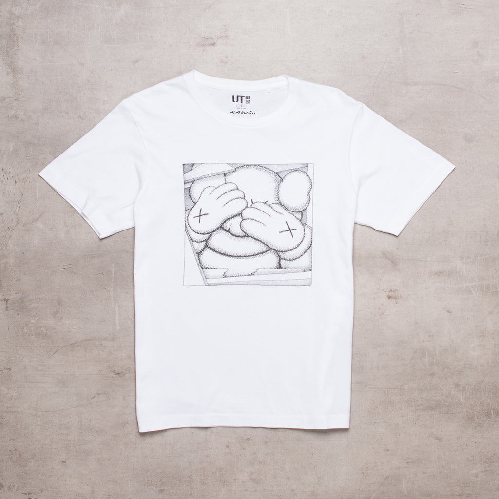 KAWS x Uniqlo Collab Tee (S)
