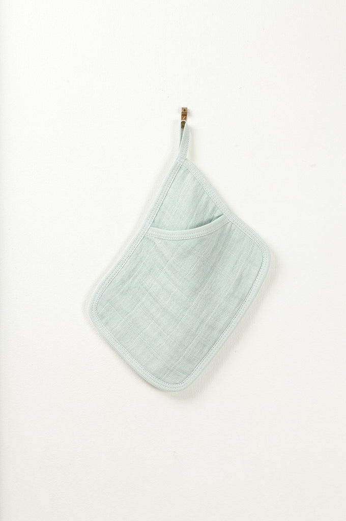 Washglove Pipo in green-cloud