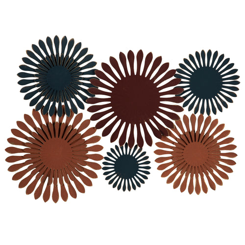Stratton Home Decor Mid Century Modern Flower Burst Wall Decor