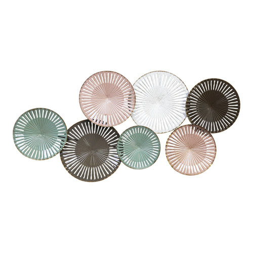 Stratton Home Decor Sydney Metal Disc Centerpiece Wall Decor
