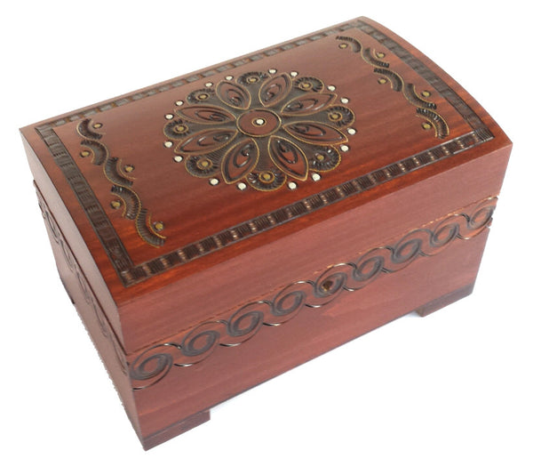 Polish Box with brass inlay floral
