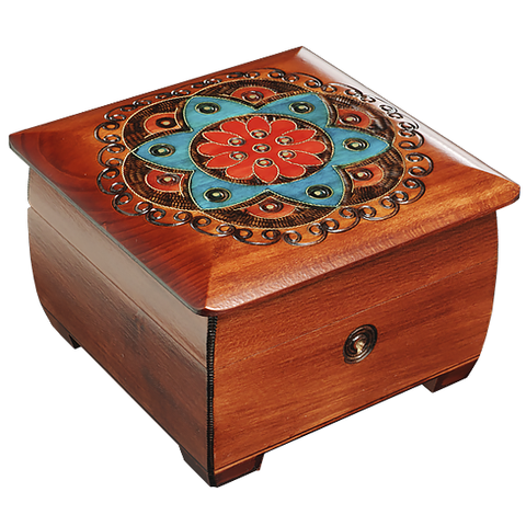 Polish box with brass inlay and lock