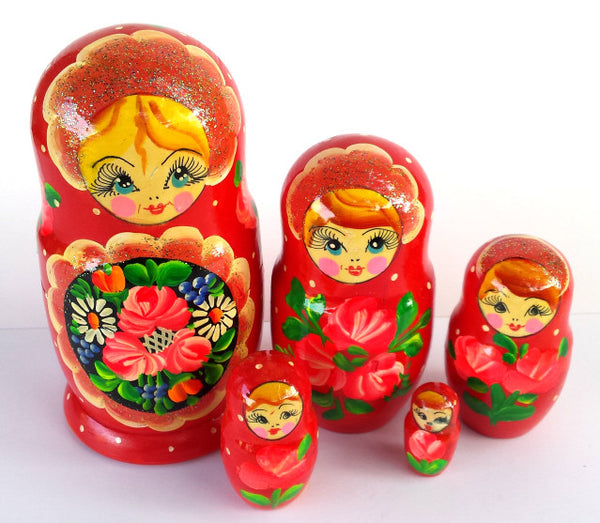 """Tangie"" 5 piece Russian Nesting Dolls"