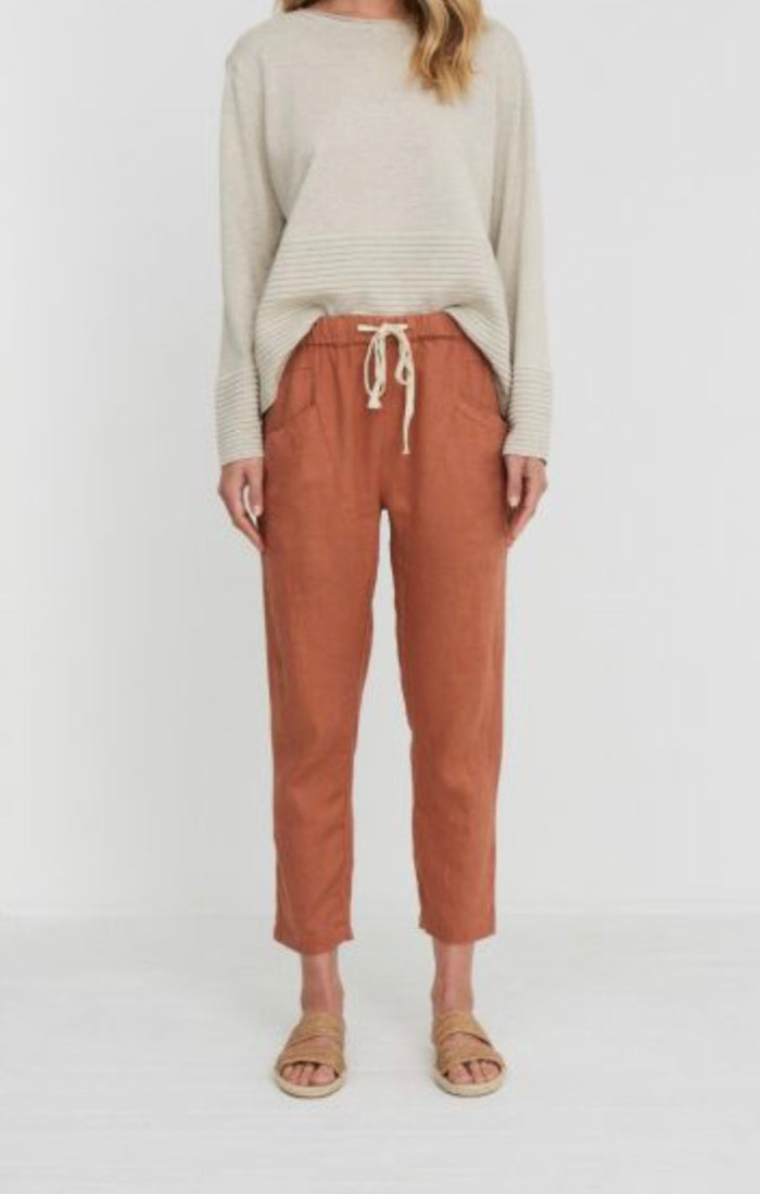 Luxe linen pant terracotta, little lies, Mika and max