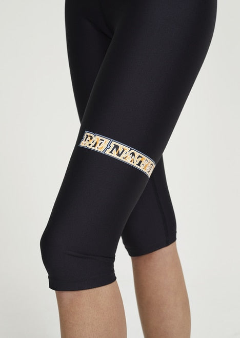 BASE RUNNER LEGGING - BLACK