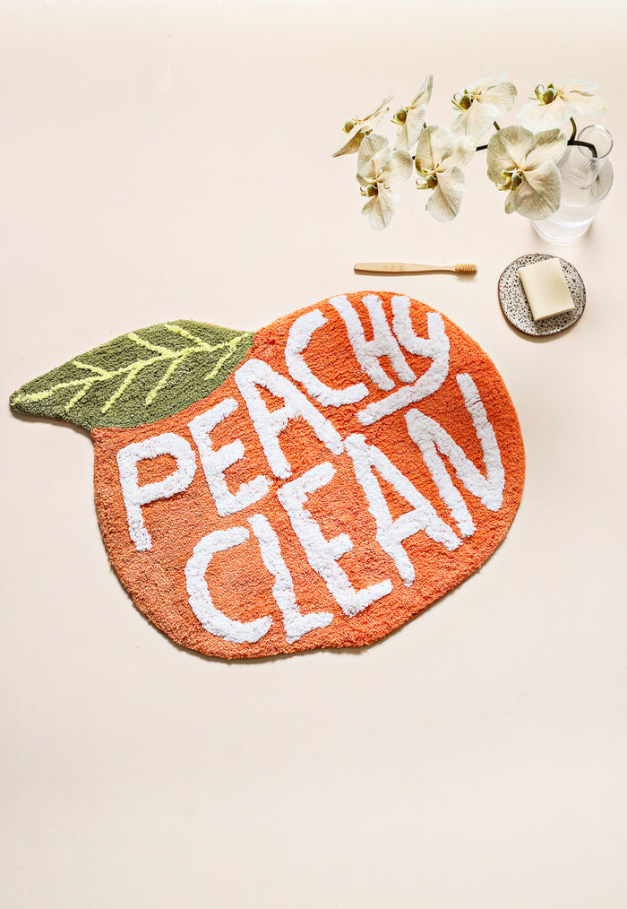 PEACH BATH MAT - PEACHY CLEAN, miss April, Mika and max