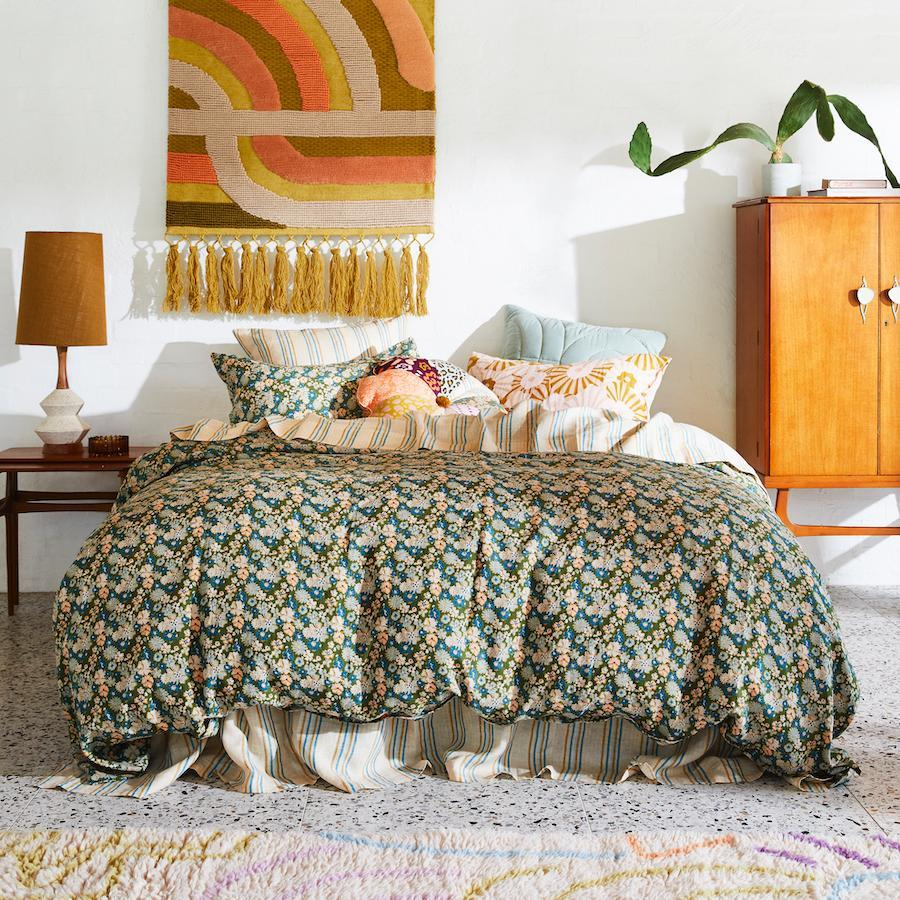 LOVEAT LINEN QUILT COVER - SUPER KING