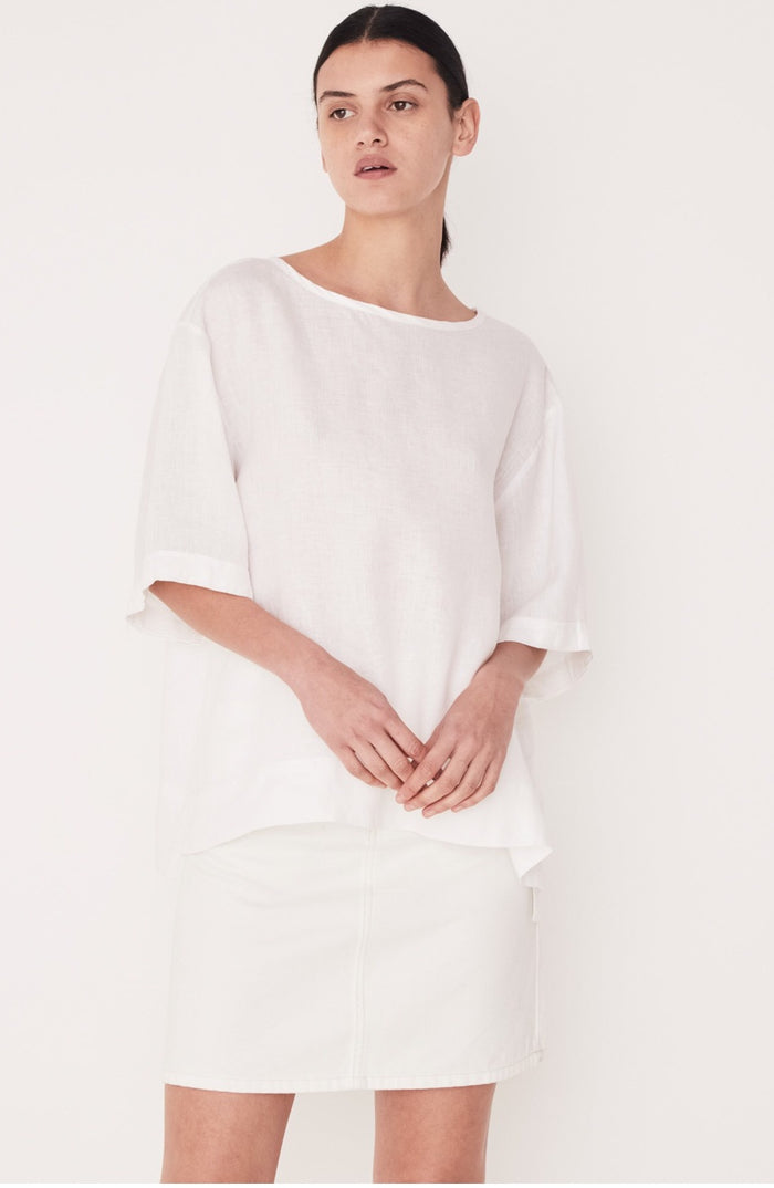 Boxy Linen tee white, assembly label