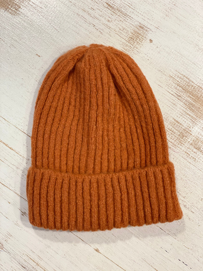 Ribbed Beanie Rust
